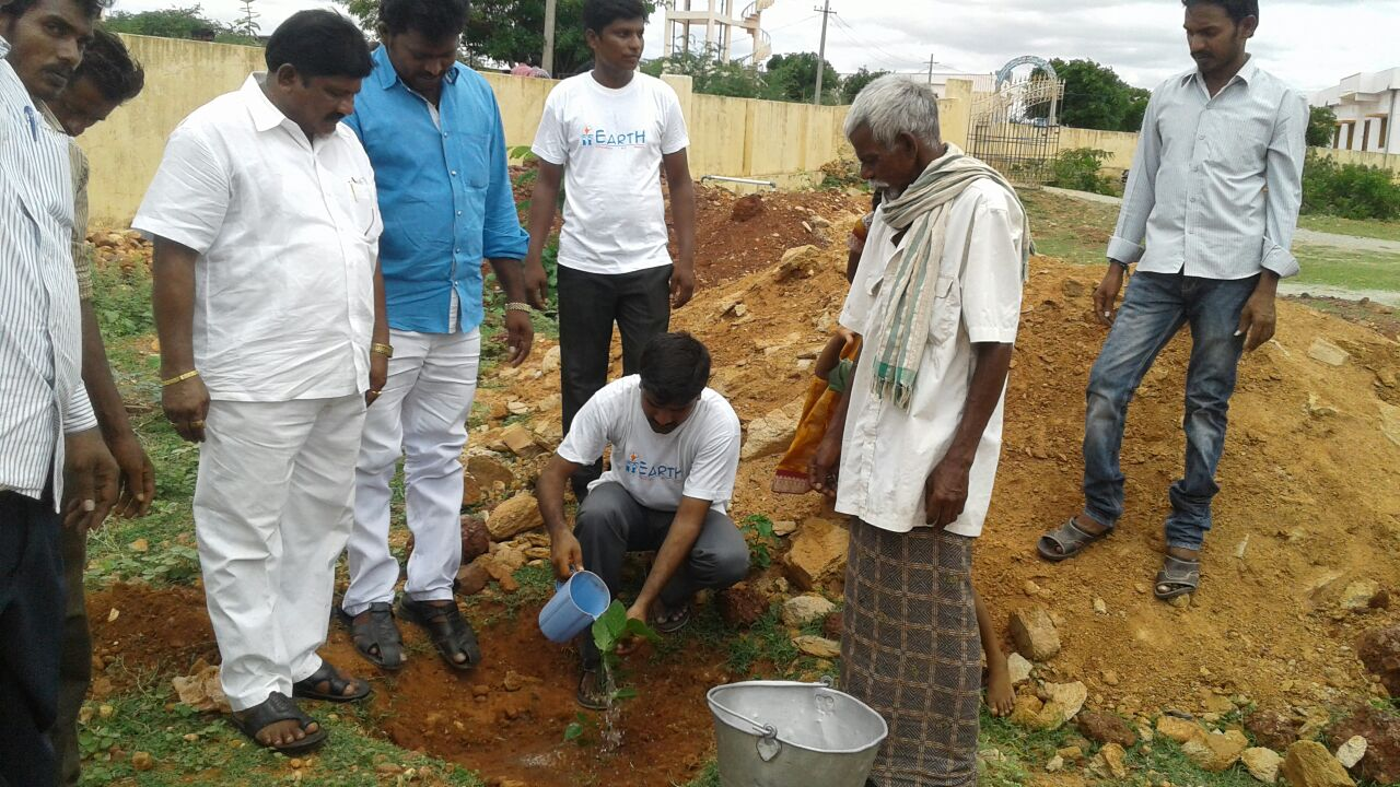 Earth parents demonstrated planing trees and keeping environment clean